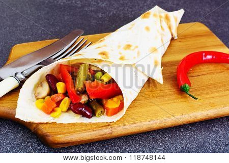 Shawarma Lavash with Chicken and Vegetables