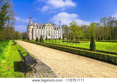 romantic castles of Belgium - Poeke