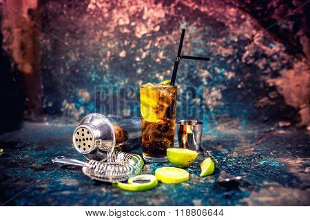 Alcoholic Cocktail Beverage, Cuba Libre Drink With Garnish And Metal Background