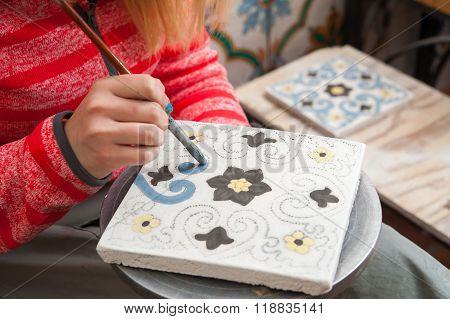 Caltagirone Pottery Decorator