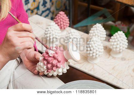Caltagirone ceramic decorator