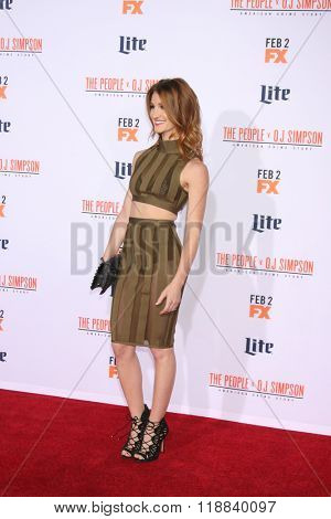 LOS ANGELES - JAN 27:  Jenna Willis at the American Crime Story - The People V. O.J. Simpson Premiere at the Village Theater on January 27, 2016 in Westwood, CA