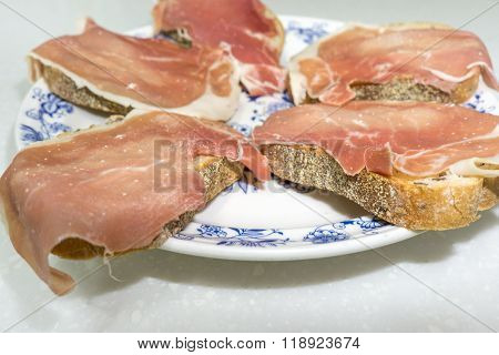 thinly sliced jamon