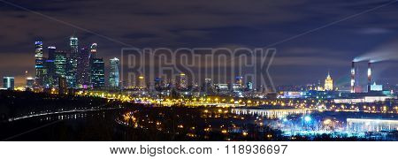Night panorama of Moscow from Vorobyovy hills