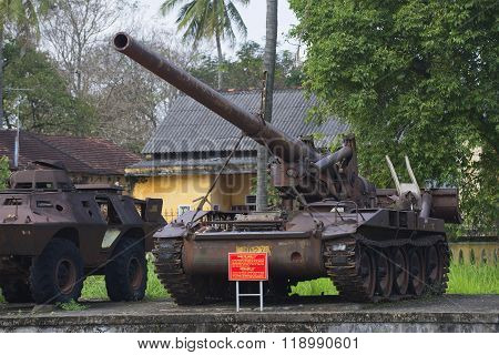 An American 175 mm self-propelled artillery installation in the city Museum of Hue. Vietnam