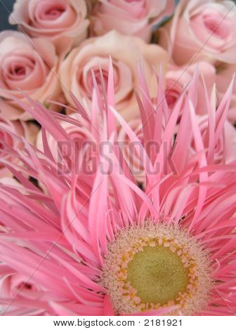 Wedding Bouquetin Pinks