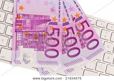 Many of euro 500 banknotes money