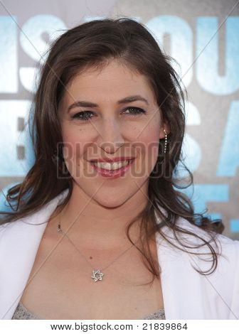 "LOS ANGELES - JUN 30:  MAYIM BIALIK arrives to the ""Horrible Bosses"" Los Angeles Premiere  on June 30,2011 in Hollywood, CA"