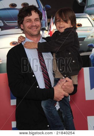 LOS ANGELES - JUN 18:  THOMAS EVERETT SCOTT & FINN arrives to the