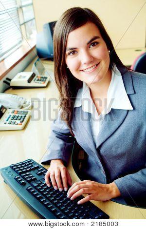 Retrato de contador de negocios en una oficina