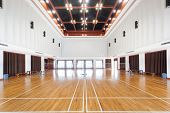 foto of court room  - Empty sports court - JPG