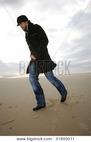 running man at the beach