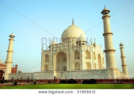 Sunrise light over Taj Mahal in India, Agra, Uttar Pradesh