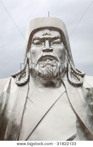 Emperador mongol de Chingiis Khaan