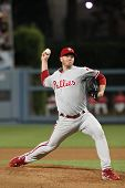LOS ANGELES - 30 de agosto: Arremessador Phillies (#34) Roy Halladay durante o jogo de Phillies vs Dodgers em Au