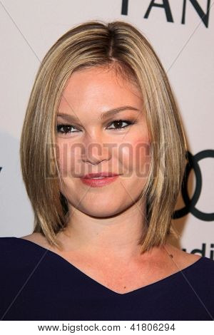 LOS ANGELES - FEB 4:  Julia Stiles arrives at the Hollywood Reporter Celebrates the 85th Academy Awards Nominees event at the Spago on February 4, 2013 in Beverly Hills, CA
