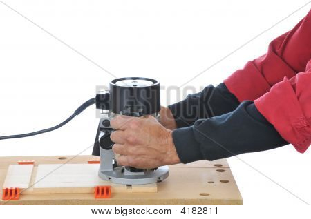 Hombre usando Router