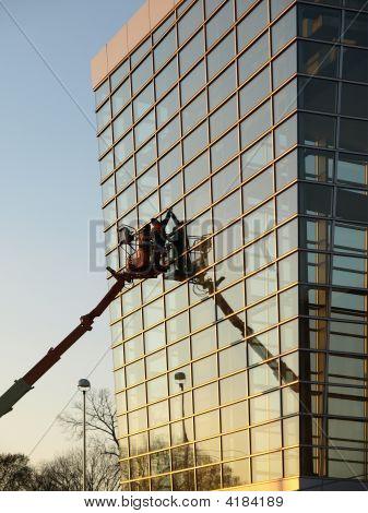 Glass Building Window Washers