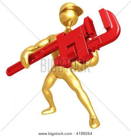 Sujetando una llave de tubo gigante