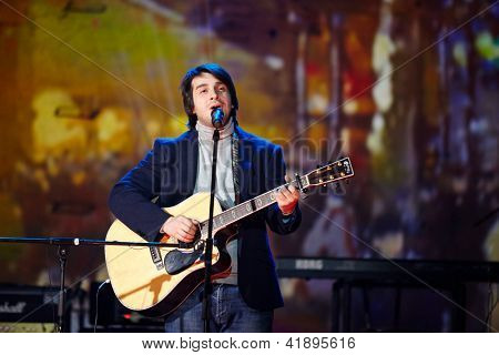 MOSCOW - JAN 23: Singer Peter Nalitch performs on stage at Taganka Theater during Award ceremony of Prize named after Vladimir Vysotsky Own Track, Jan 23, 2012, Moscow, Russia.