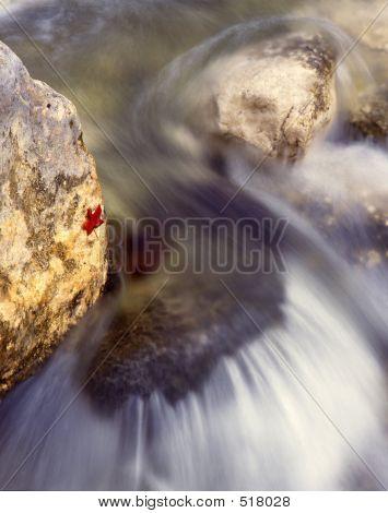 Agua corriendo