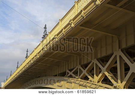 Bridge Detail Slant