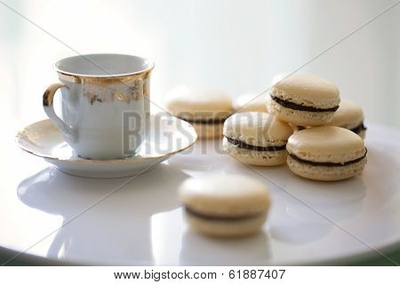 Vanilla And Chocolate French Macarons