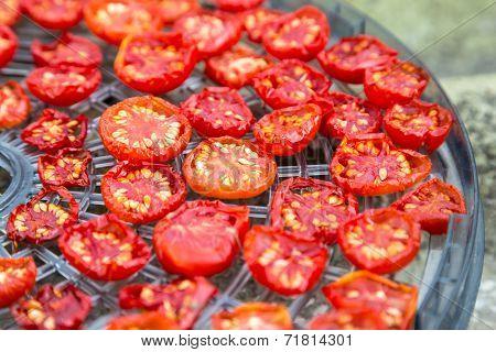 sundried cherry tomatoes