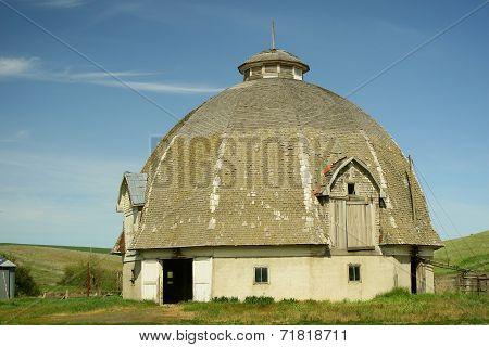 Old Round Barn