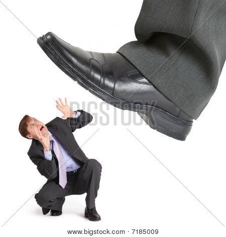 Big Foot de Crisis aplasta pequeño empresario