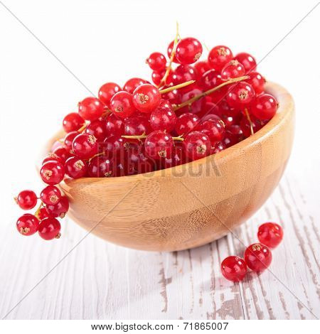 bowl of redcurrant