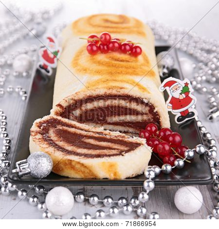 swiss roll, yule log