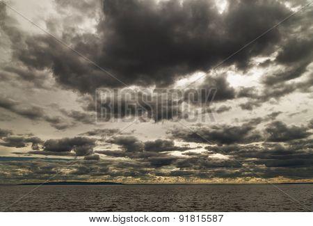 storm-cloud.