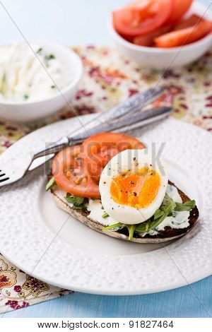 Rye Toast Sandwiches With Egg And Soft Cheese
