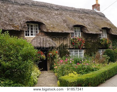 Thatched cottage Thornton Dale