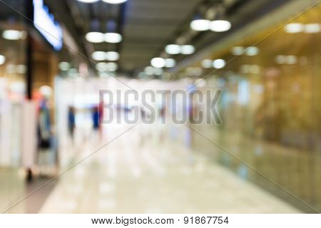 Defocused blur background of shopping mall
