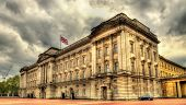 foto of palace  - View of Buckingham Palace in London  - JPG