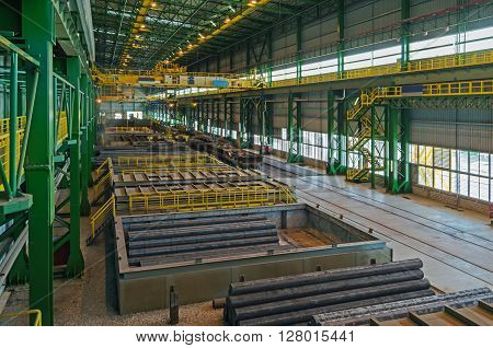 Manufactory the storage and shipment of finished products in electric arc plant steelmaking