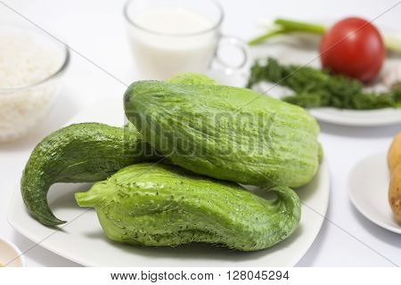 Stuffing cucumbers preparation : Ingredients to cook stuffing cucumber