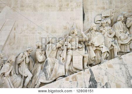 Detalle del monumento a los descubrimientos en Lisboa, Portugal.