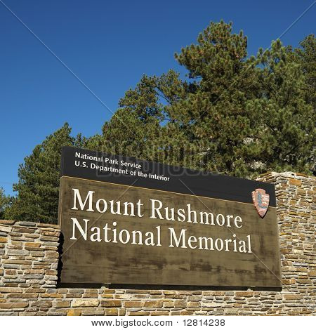 Sinal de entrada ao Monte Rushmore monumento nacional.