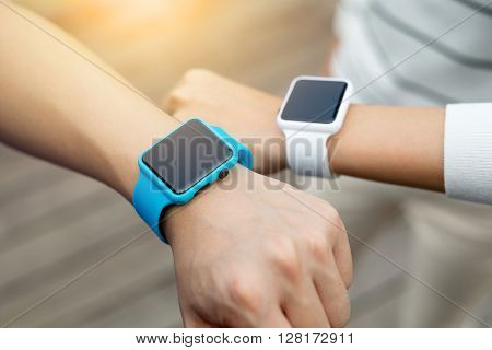 Couple share data with smart watch