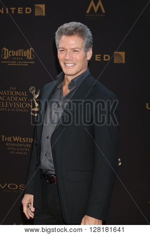 LOS ANGELES - APR 29:  Kevin Spirtas at the 43rd Daytime Emmy Creative Awards at the Westin Bonaventure Hotel  on April 29, 2016 in Los Angeles, CA