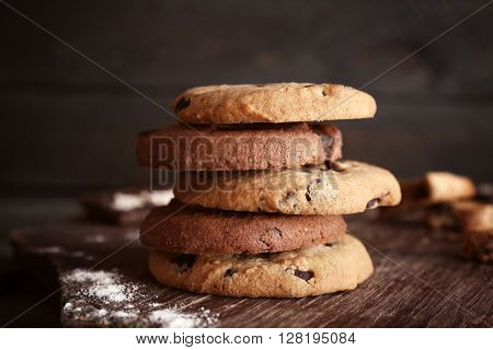 Chocolate chip cookies on cutting board
