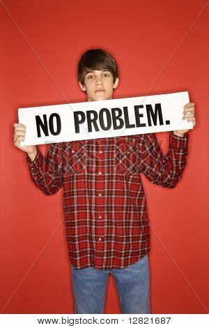 Porträt des kaukasischen Teen Boy Schild kein Problem unter dem Kinn.