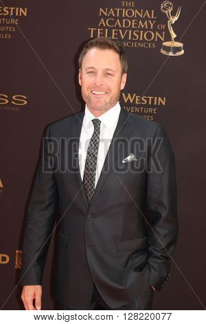 LOS ANGELES - MAY 1:  Chris Harrison at the 43rd Daytime Emmy Awards at the Westin Bonaventure Hotel  on May 1, 2016 in Los Angeles, CA