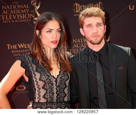 LOS ANGELES - MAY 1:  Kelly Thiebaud, Bryan Craig at the 43rd Daytime Emmy Awards at the Westin Bonaventure Hotel  on May 1, 2016 in Los Angeles, CA