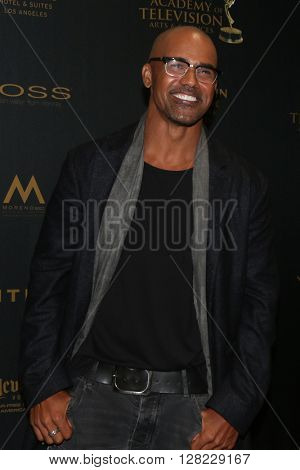 LOS ANGELES - MAY 1:  Shemar Moore at the 43rd Daytime Emmy Awards at the Westin Bonaventure Hotel  on May 1, 2016 in Los Angeles, CA