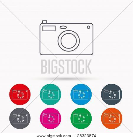 Photo camera icon. Photographer equipment sign. Linear icons in circles on white background.