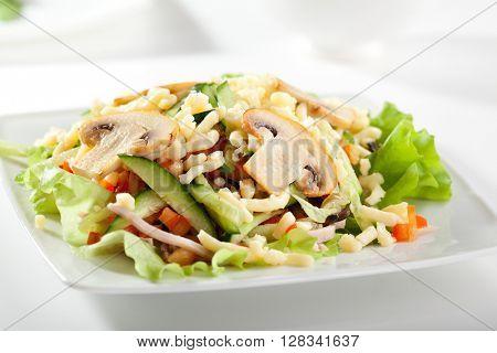 Mushroom and Vegetable Salad Dressing with Salad Leaf